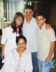 Sonia Castro, sus hijos con Yosef Sánchez